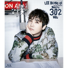 LEE HONG GI 1st Solo Concert「Merry 302 MHz」【Primadonna盤Blu-ray】