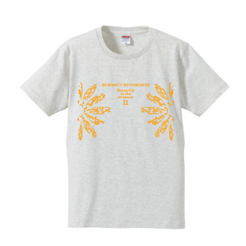 【BURNOUT SYNDROMES】Butterfy in the stomach II Tシャツ(オートミール)